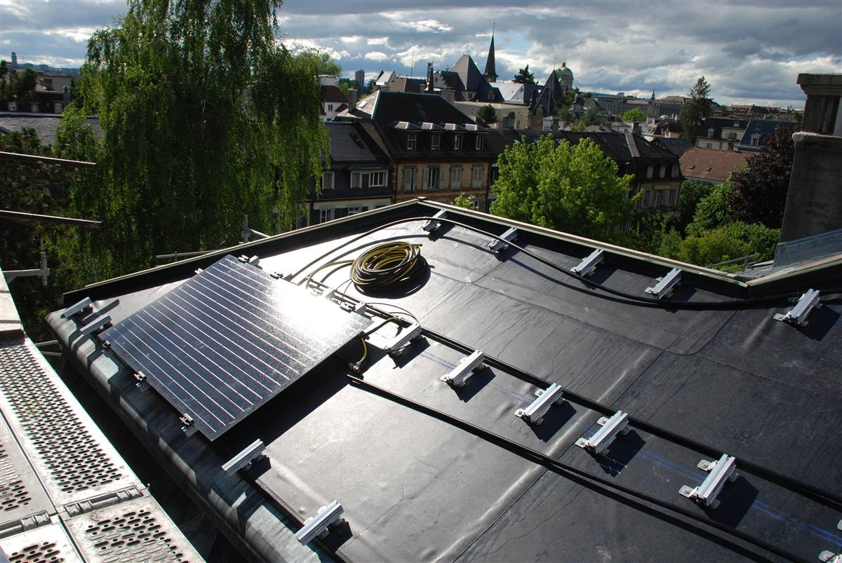 Installation of PVT+PV panels © M. Hutterli