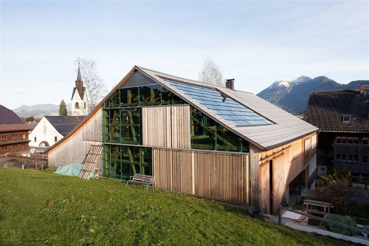 after the renovation, former barn, Copyright © Roswitha Schneider