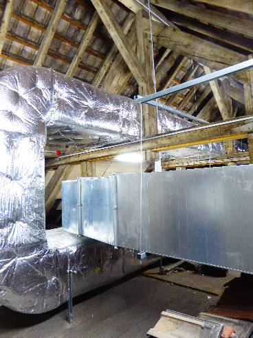 Dual-flow air handling units in the attic (author : CREBA)